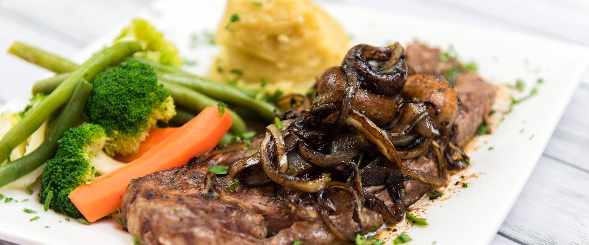 Specials Steak En