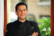 Alonso Otriz, Chef of restaurant Pintxo