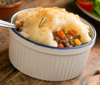 Best Toronto Restaurants for National Comfort Food Day\'s frontpage image