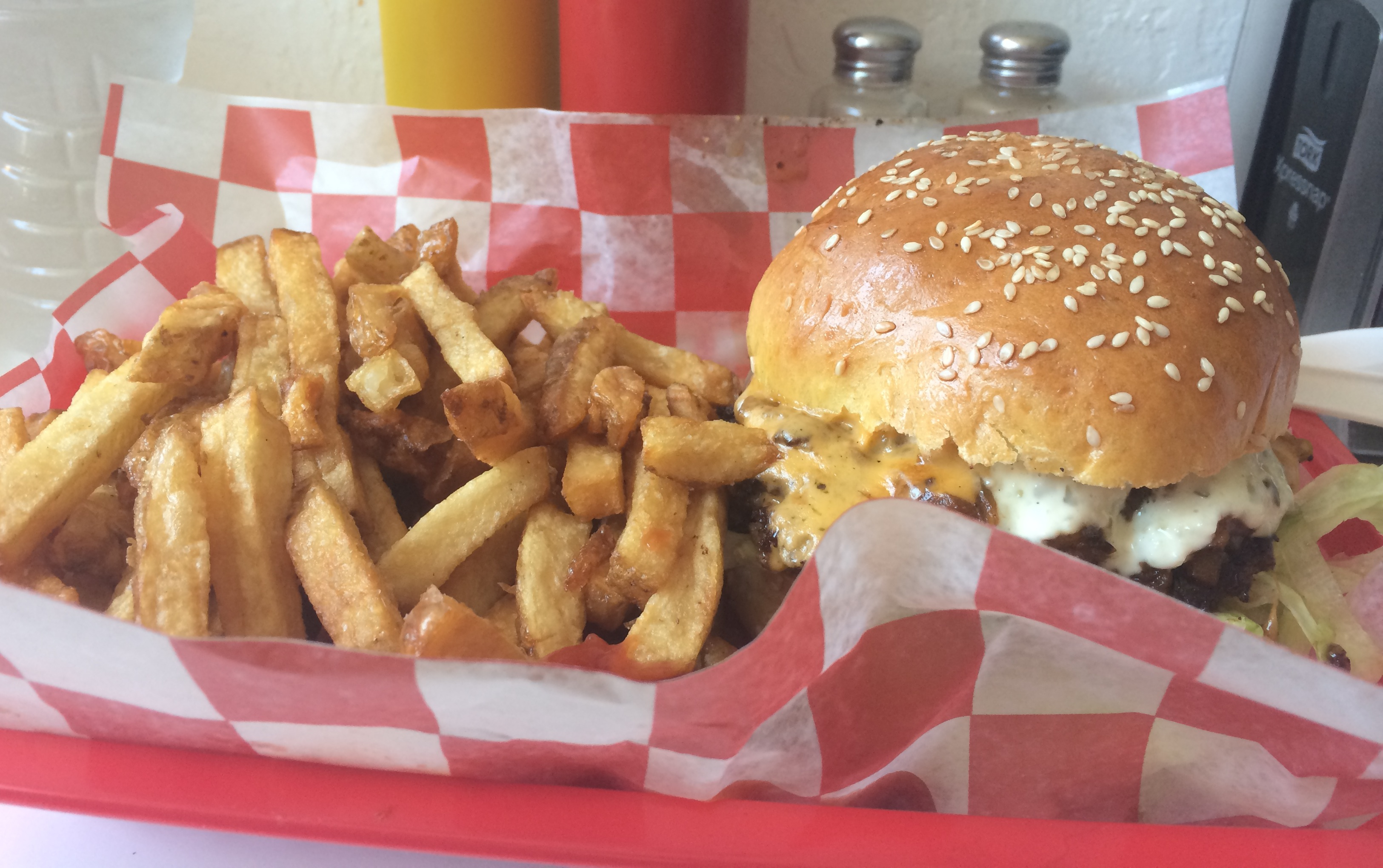 Latest Best of article: Best Toronto Restaurants for Cheeseburgers