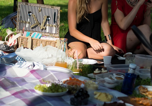 Best Toronto Restaurants to pack a picnic\'s photo