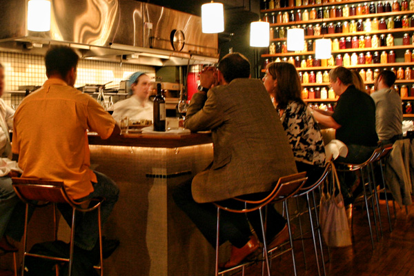 Five Toronto restaurants to eat at the bar\'s photo