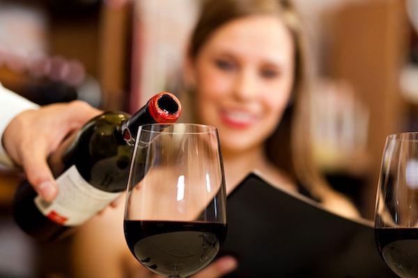 Best Toronto restaurants & bars to drink wine\'s photo