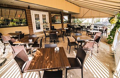 Ambrosia restaurant in saint hubert longueuil tel 450 for Menu st hubert salle a manger