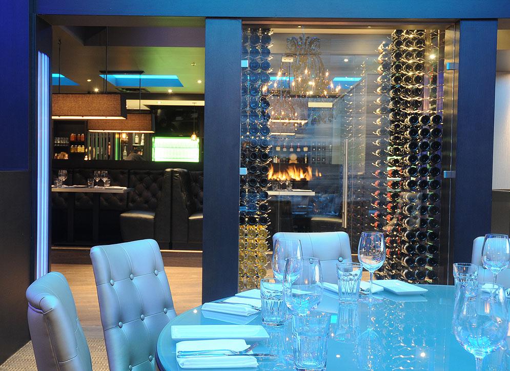Cagneys Steakhouse & Wine Bar