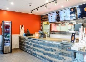 Hole-E Burger - Yonge and Eglinton