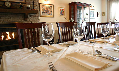 Group functions le montmartre french restaurant for Restaurant le miroir montmartre